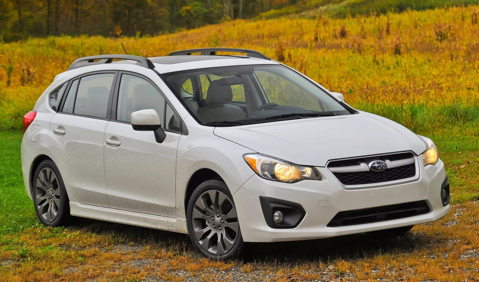 The 20 Best Hatchbacks Under $25,000 | Best small cars, Car for teens,  Small cars