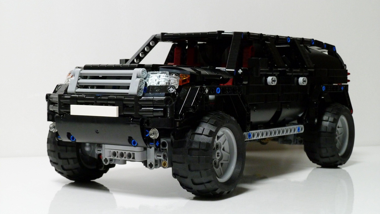 Monster Porsche Hurricane Concept Design: LEGO Technic SUV Mk2