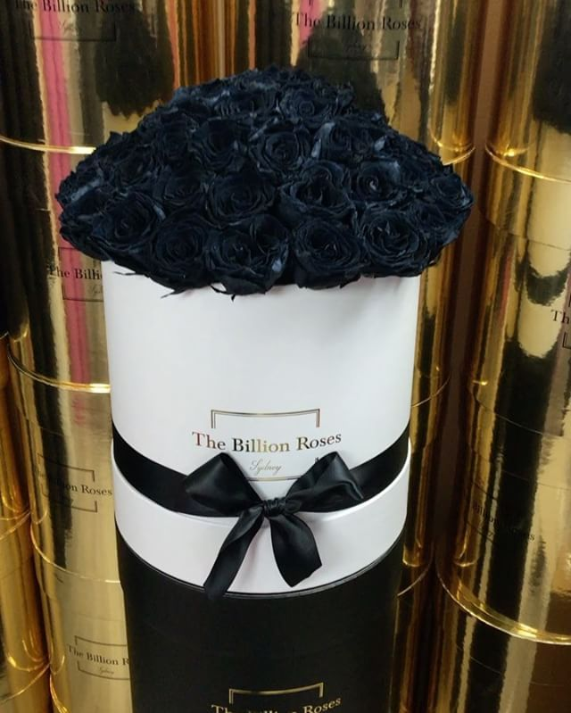Real Roses That Last 1 Year Fresh Roses That Last 1 Week Thebillionroses Sydney Wide Delivery Shop The Collectio Billion Roses Rose Elegant Bouquet