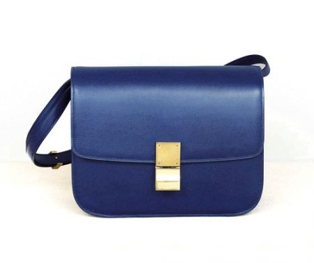 I have been looking for something like this all over! I need a structured bag for the office and this Celine classic box bag in navy blue is perfect!
