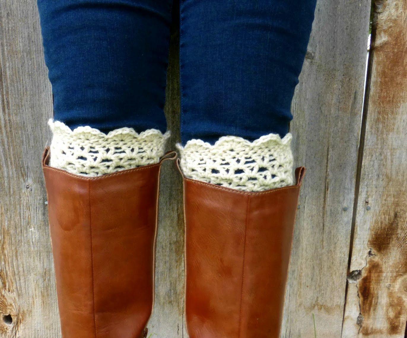 free lacy scalloped crochet boot cuff pattern | Crochet | Pinterest ...