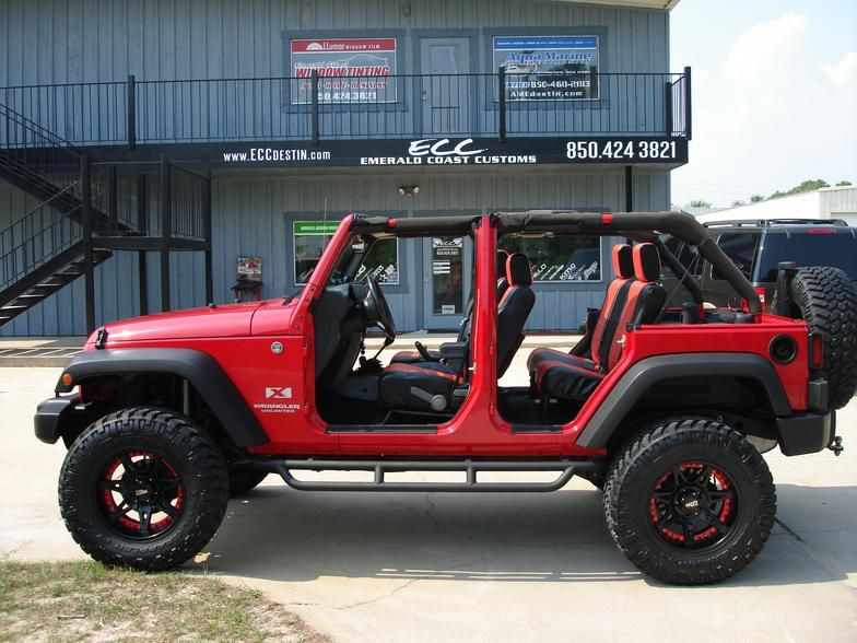 Jeep Wrangler Unlimited With Lift 35 Tires And Moto Metal Wheels