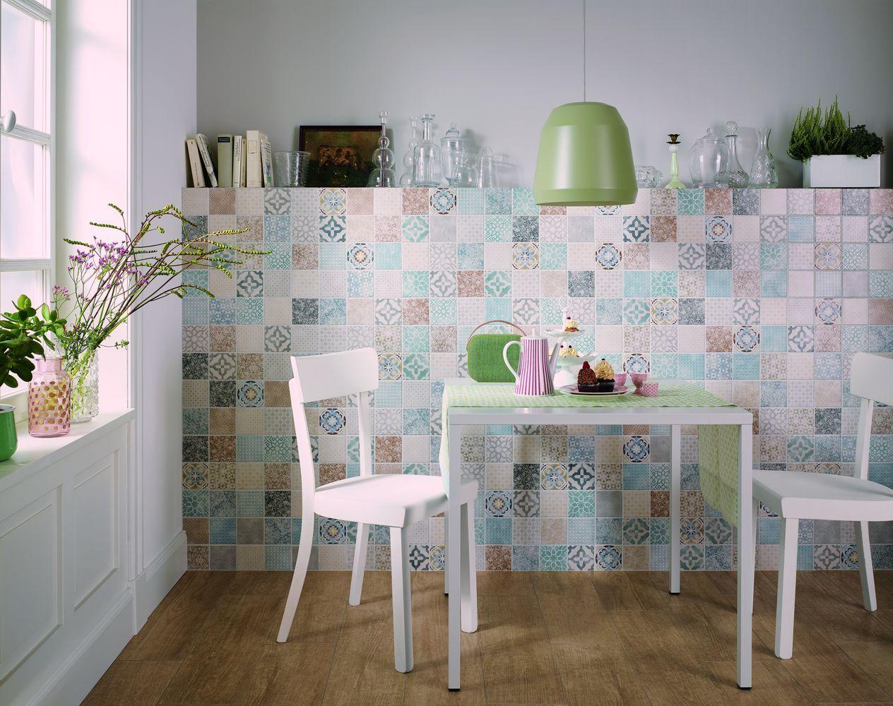 Carrelage coloré mur cuisine PATTERN.2   VM #faïence #bleu #vintage ...
