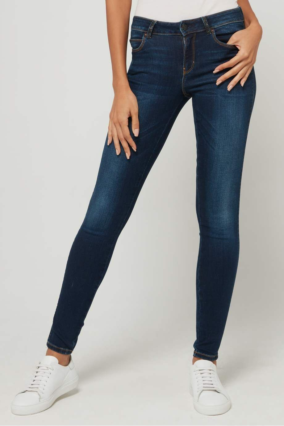 بنطال كولوت بزر للزينة Skinny Jeans Fashion Skinny