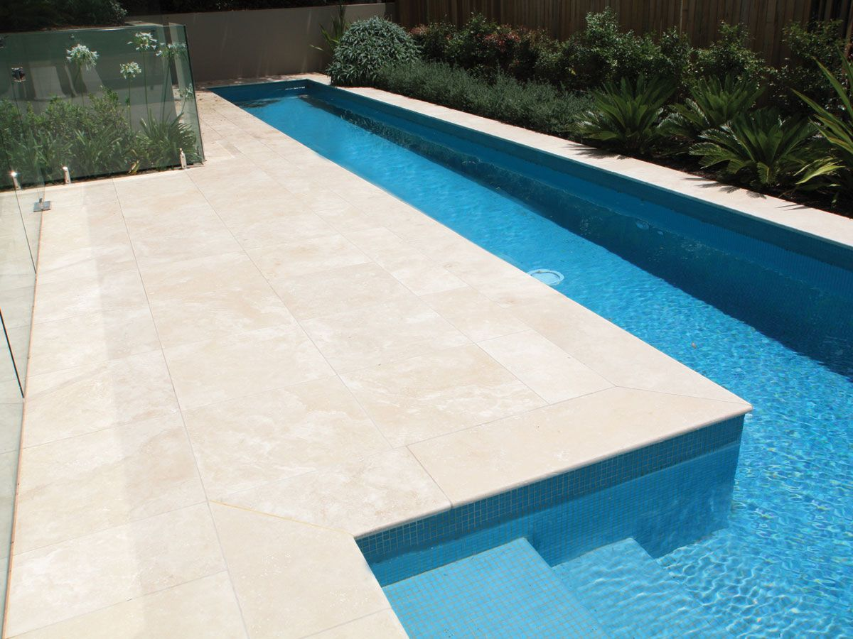 Pools spas sareen stone travertine paver pools - Albardilla piscina ...
