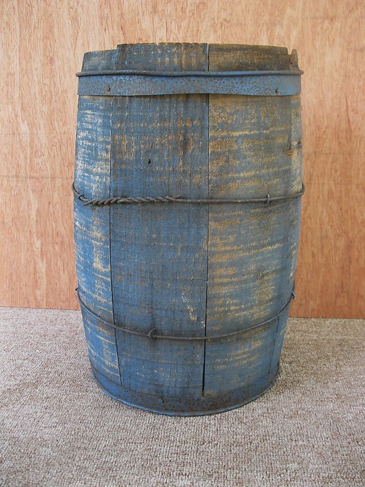 Antique Barrel Primitive 17-1/4\