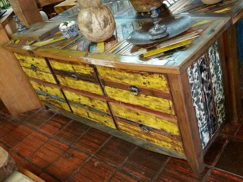 Credenza Finca Rustica : Balcão rustico feito com madeira de reciclagem carroceria