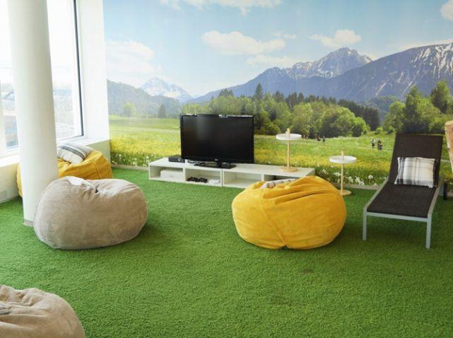 D couvrez en exclusivit les incroyables bureaux de trivago office design pinterest - Trivago office dusseldorf ...