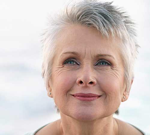 Schöne Kurze Haarschnitte für Ältere Frauen //  #Ältere #Frauen #für #Haarschnitte #Kurze #Schöne