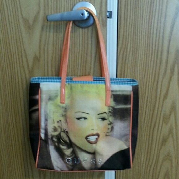 cd25d1943b Guess purse Marilyn Monroe Guess purse with zippered pockets Guess Bags