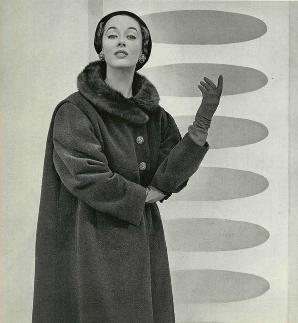 L'officiel de la mode 1953 manteau Jean Patou