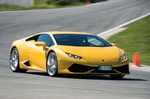 Report: Lamborghini Huracan LP 580-2 Coming to L.A. Show. Less weight, fewer drive wheels for special Huracan.