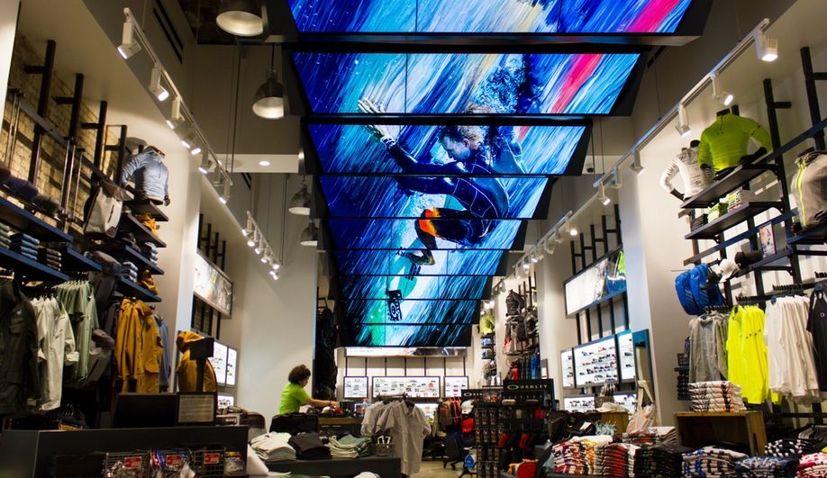 oakley stores montreal