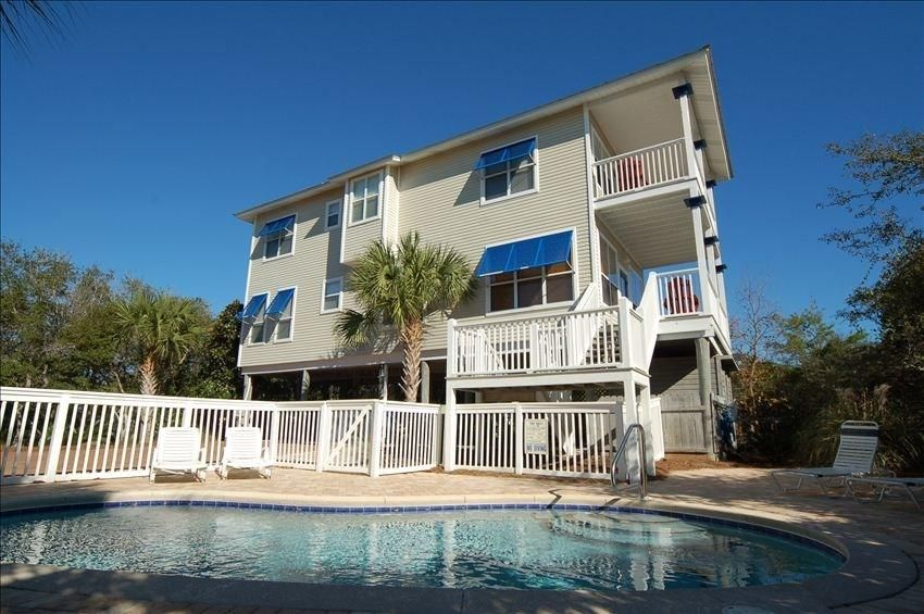 Minnow Will Not Leave You Stranded On A Desert Isle Instead Enjoy The Ambiance Of Santa Rosa Beach Home With Gulf Views And Private Pool