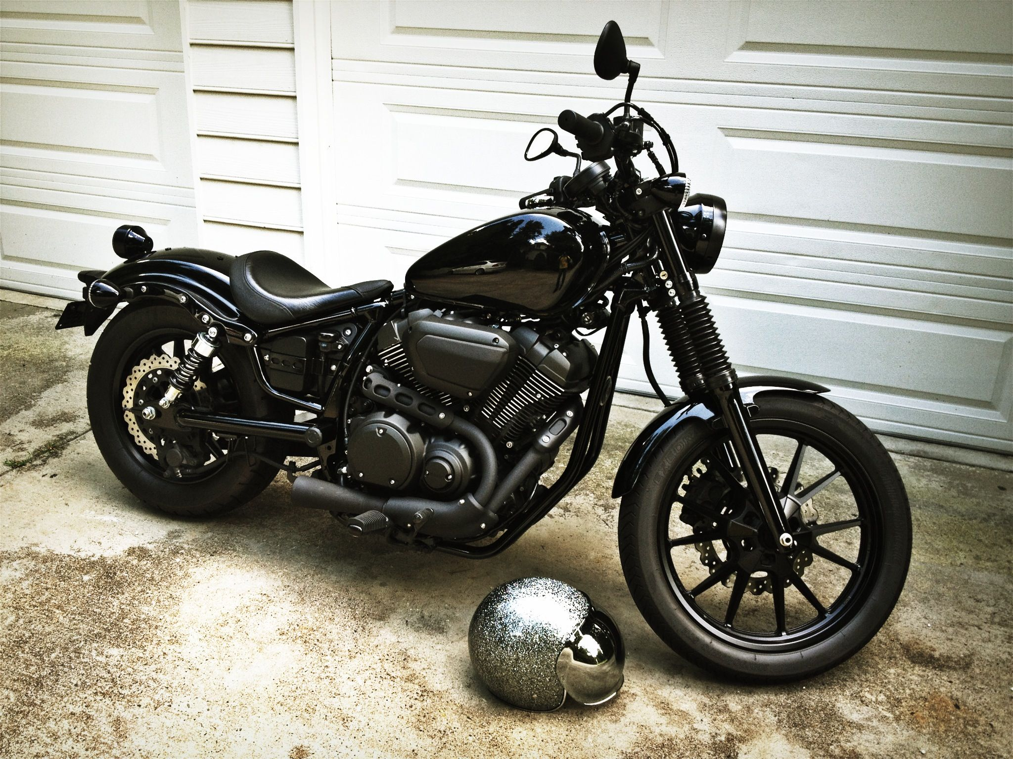 Black mamba yamaha bolt