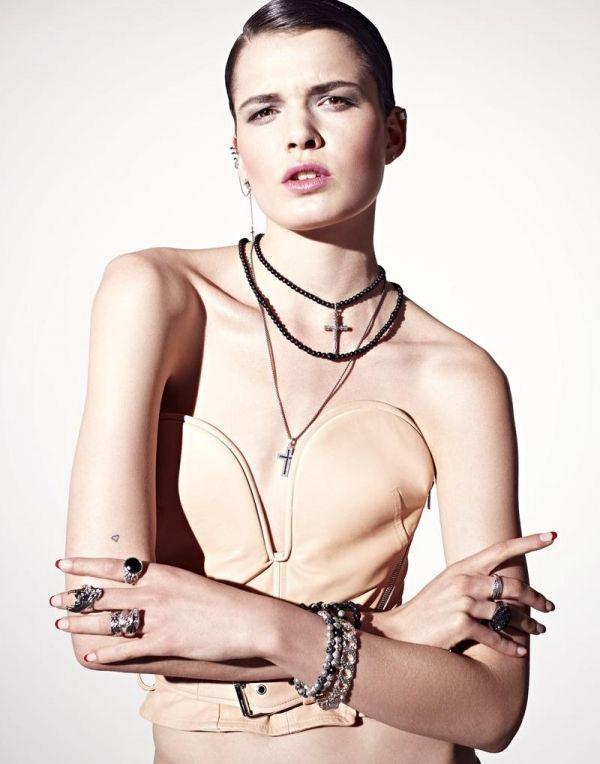 Photographer- Benjamin Kaufmann   Fashion Editor/Stylist- Alton Hetariki    Model- Anne Verhallen