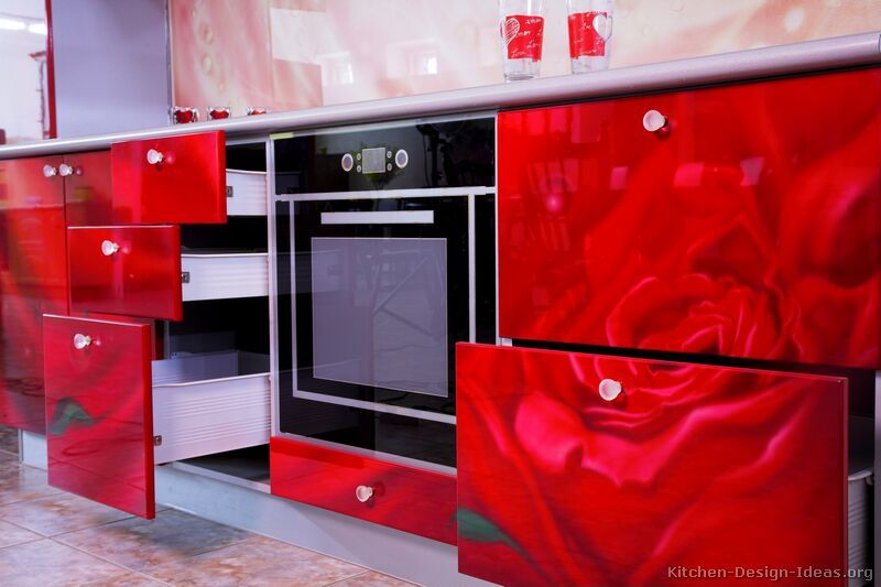 Modern Kitchen Red kitchen idea of the day: roses are red. so are these kitchens