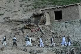 Afghanistan-landslide-kills-at-least-350
