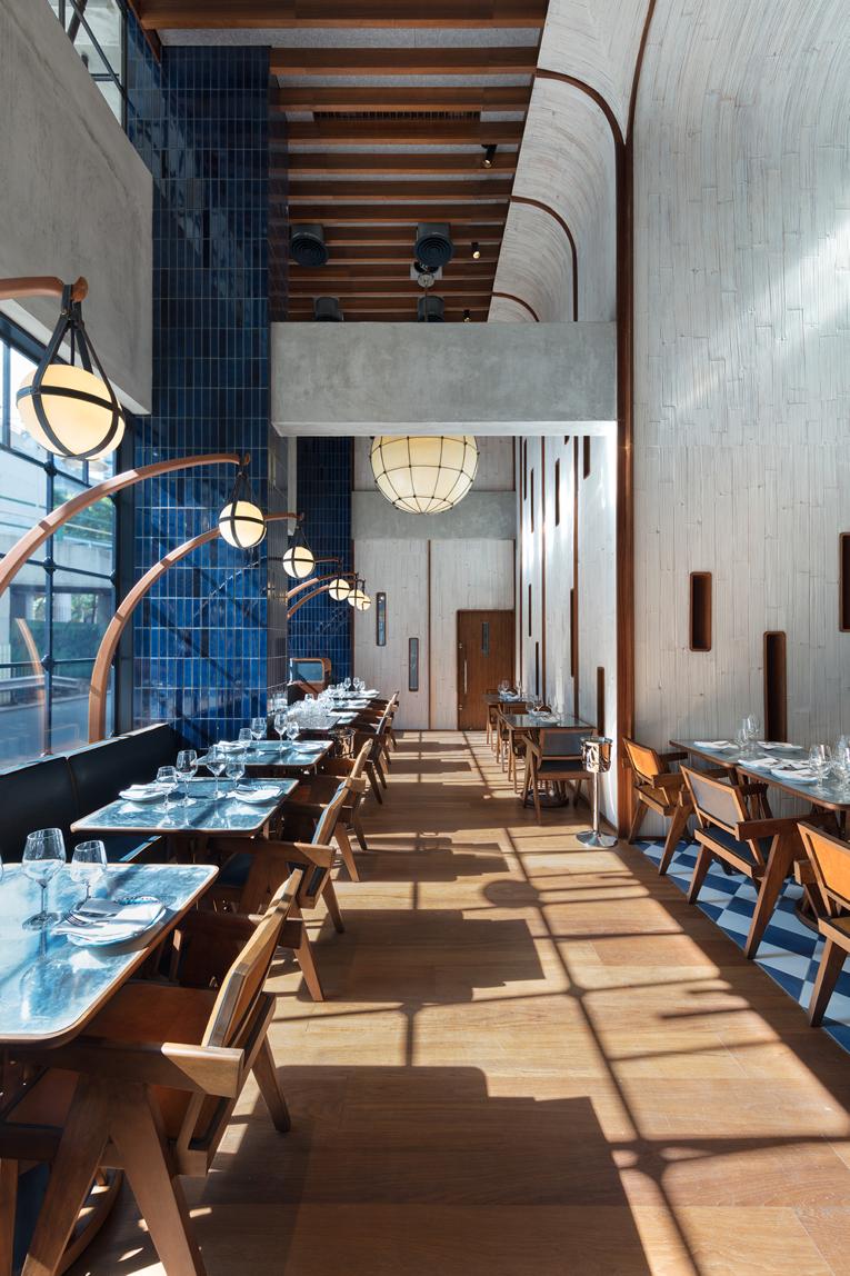 Amazing restaurant interior design ideas stylish cafe interior design projects bar interiors with chic