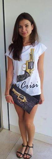 Foto: t-shirt cottone fiammato € 29,00 e borsa Giovanna con tracolla € 64,00  Altri prodotti per te scontati fino al -50%!! info: 0498668531 manieabanoterme@gmail.com