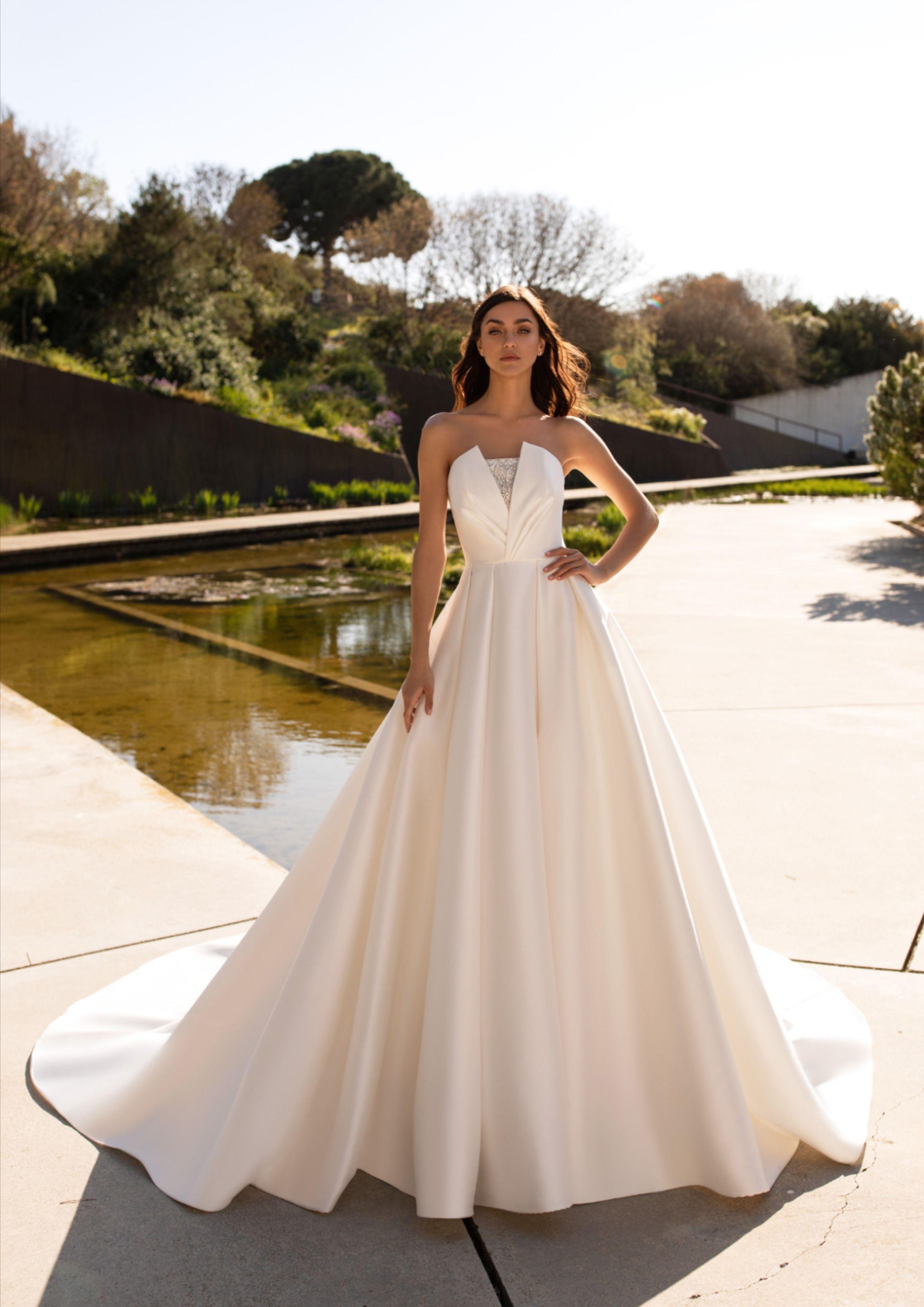 Phoebe Princess Wedding Dress European Wedding Dresses Princess Wedding Dresses Wedding Dresses [ 3507 x 2480 Pixel ]