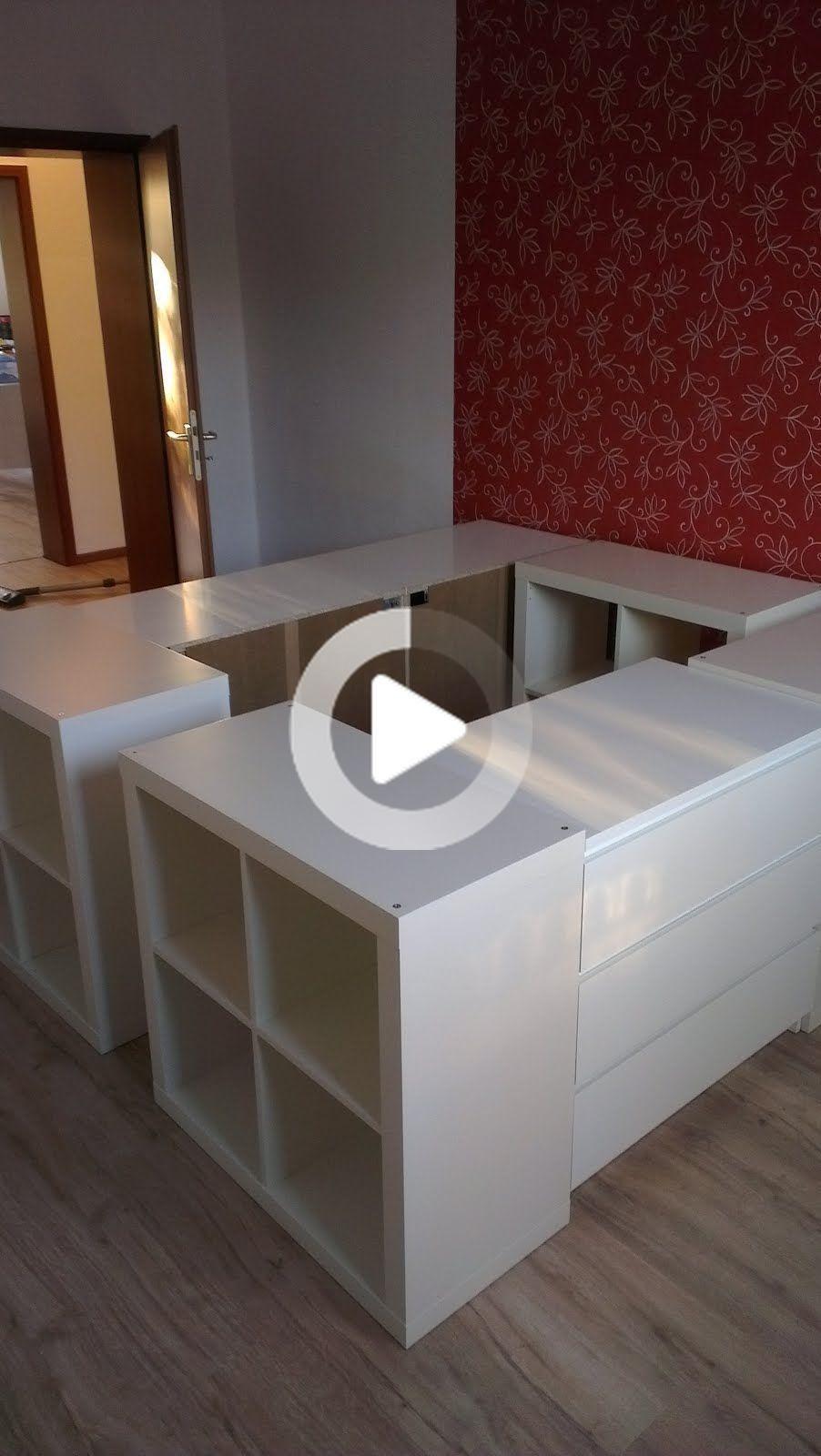 Ein Halbes Hochbett In 2020 Schlafzimmer Umgestalten Bett Mit Stauraum Ikea Hutte Schlafzimmer
