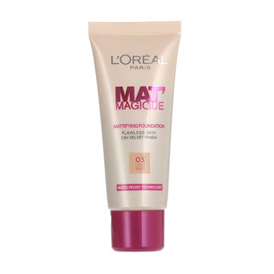 L Oreal Mat Magique Mattifying Foundation 25ml Fragrance Direct Loreal Loreal Paris Foundation
