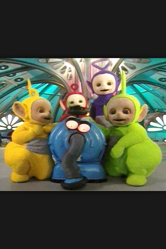 I just realized how scary teletubbies are. Why do little kids watch this??!!