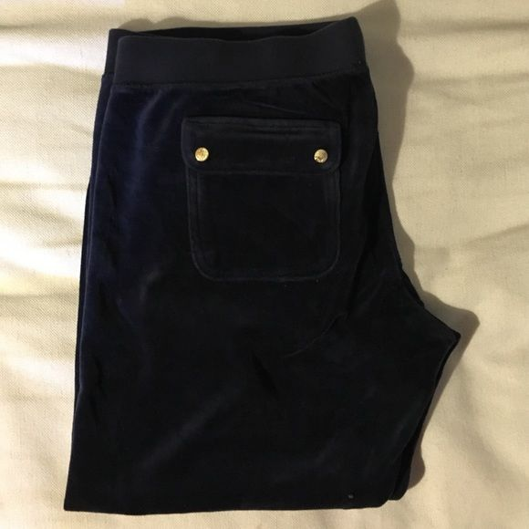 Navy Velour Juicy Couture Sweat Pants Comfy Juicy Couture Navy Capri Sweatpants with Gold Buttons. Size XL, but fit more like a large. Only worn once. Juicy Couture Pants Capris