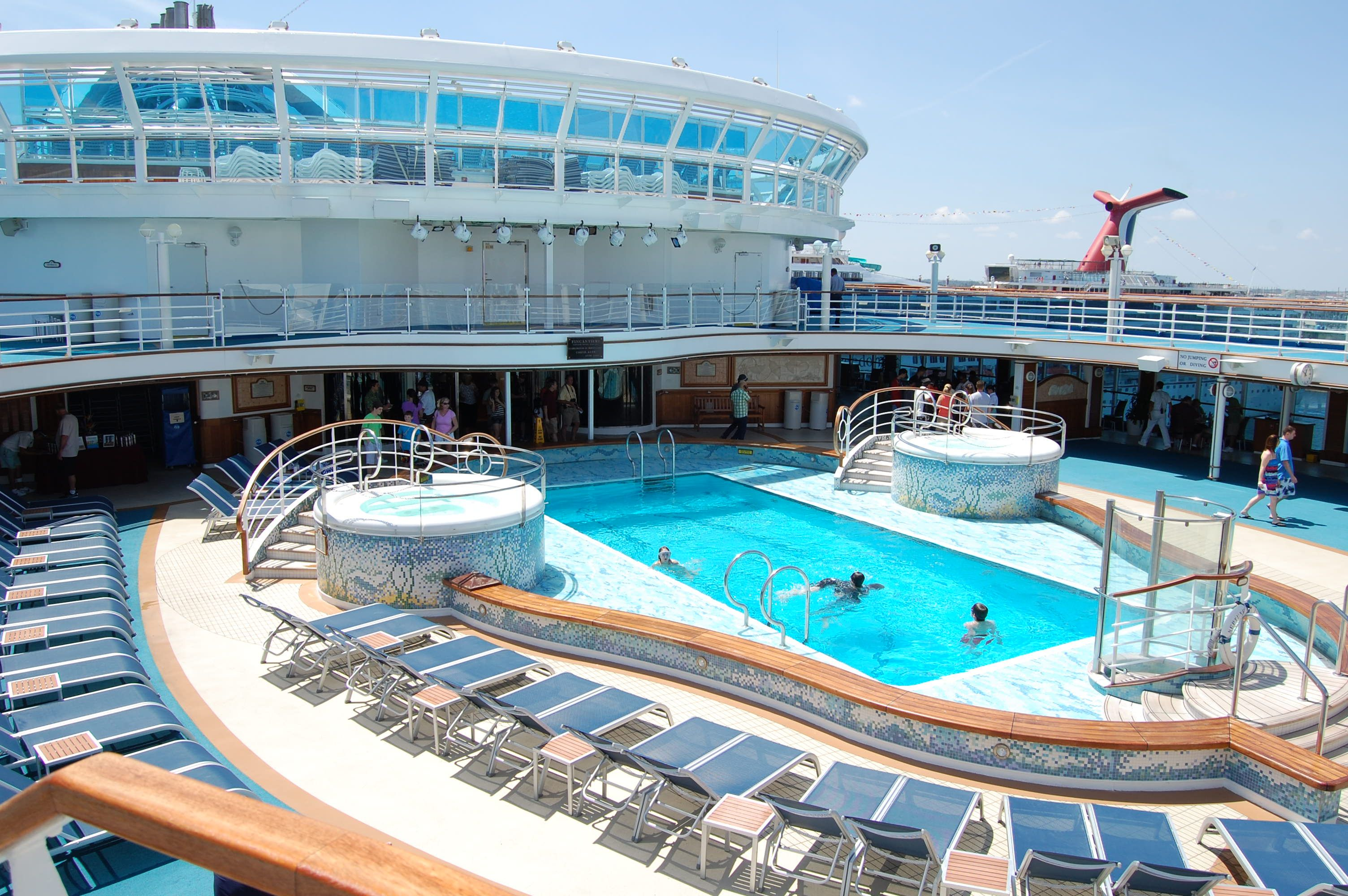 Pool on Ruby Princess Pool on Ruby