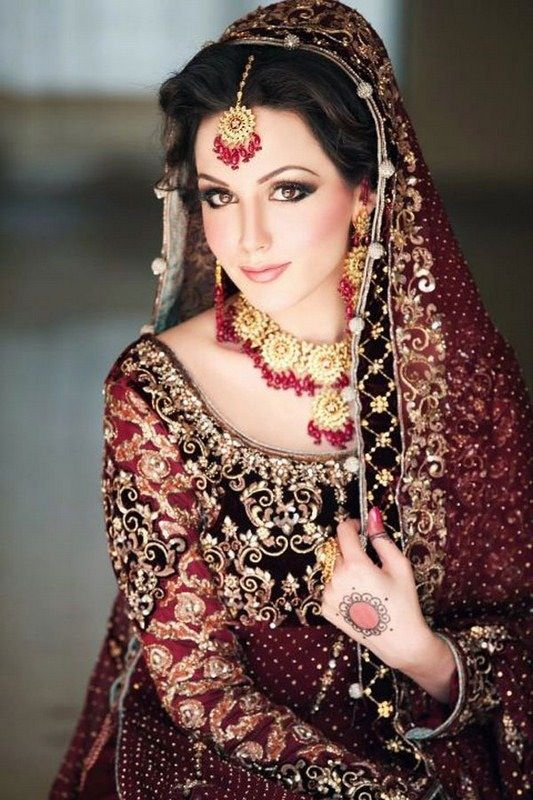 indian wedding makeup indian clothes pinterest. Black Bedroom Furniture Sets. Home Design Ideas
