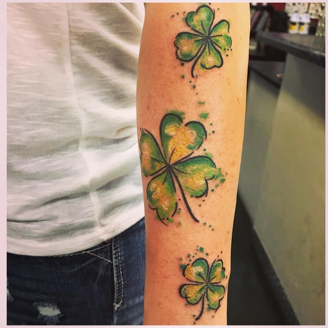 Four Leaf Clover Tattoo Tattoo Ideas And Inspiration Shamrock
