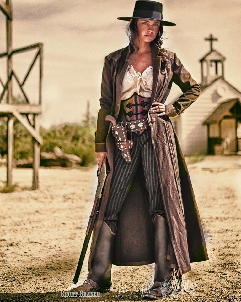 La Chica Mala: a badass gunslinger of the Olde West. Modeled here ...