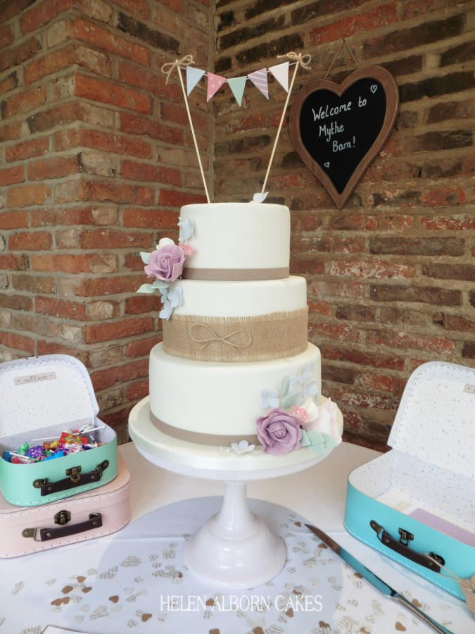 Pastels and Bunting Wedding Cake - Cake by Helen Alborn