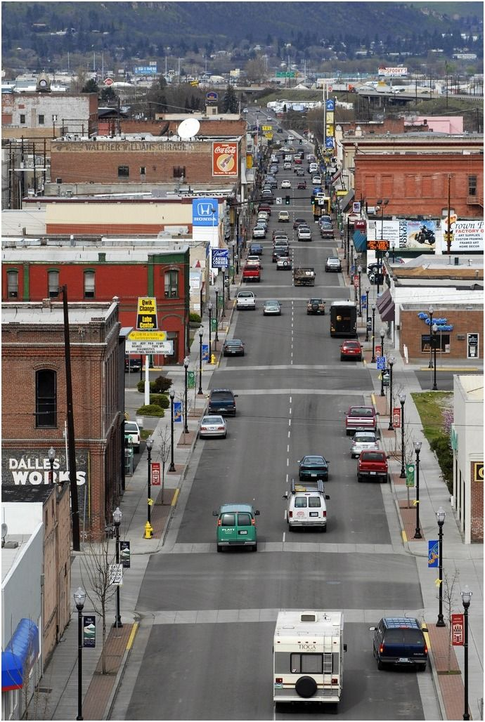 E 2nd Street The Dalles Or Everything Oregon The Dalles Oregon Oregon Usa Oregon