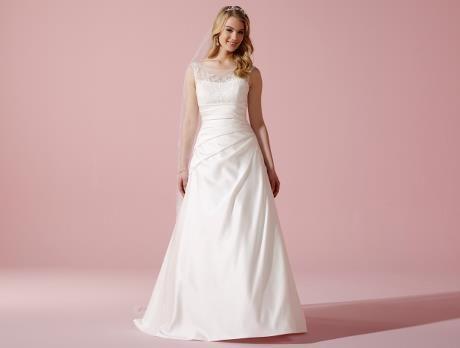 LILLY Brautkleider | Hochzeit Frisur & Kleid | Pinterest
