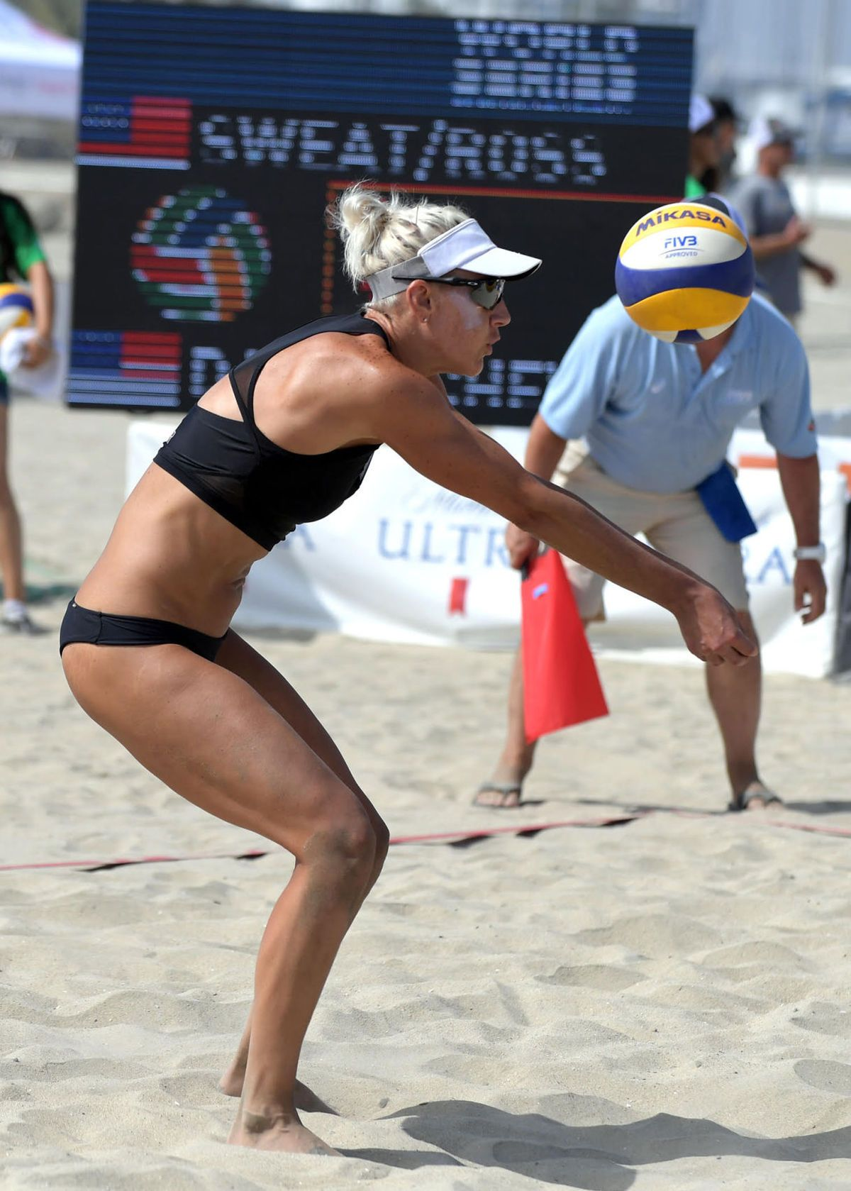 Photos World Series Of Beach Volleyball Beach Volleyball Volleyball Volleyball Articles