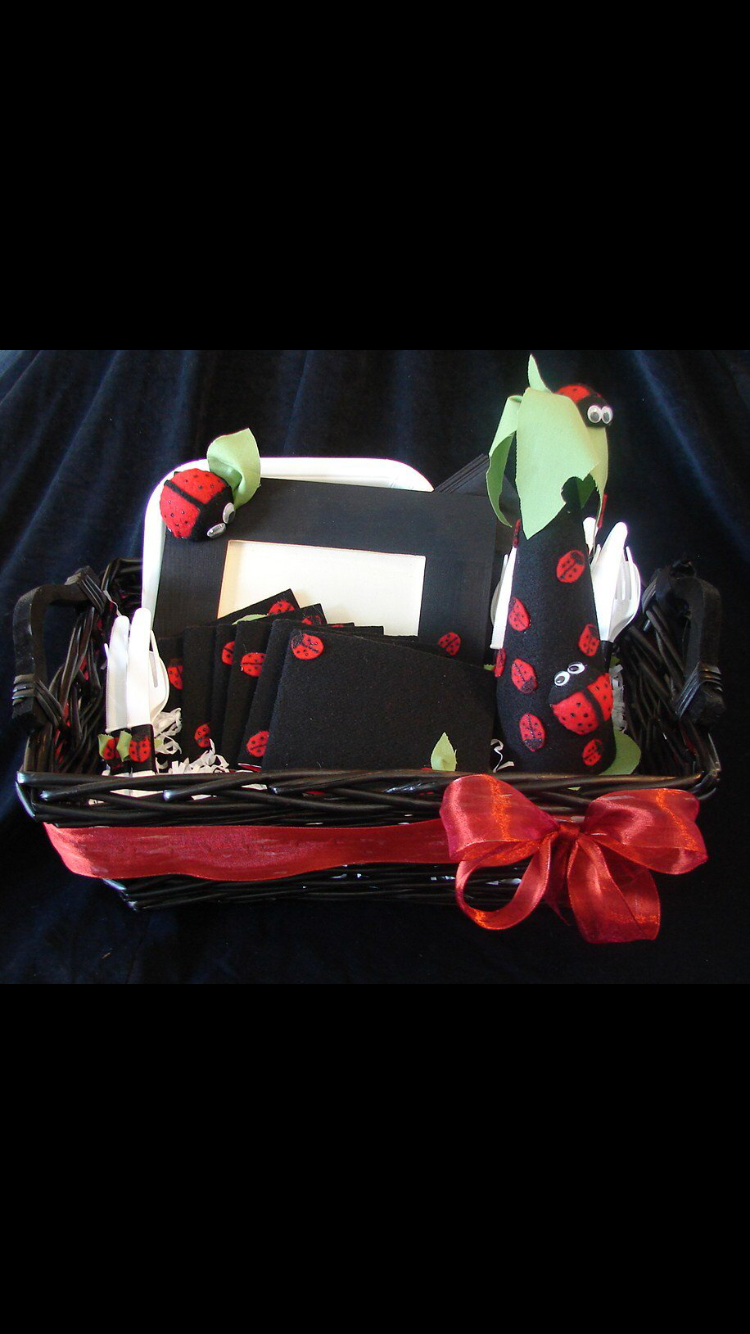 Handmade lady bug themed birthday party Decore red black and green with picture frame invitations & Handmade lady bug themed birthday party Decore red black and green ...