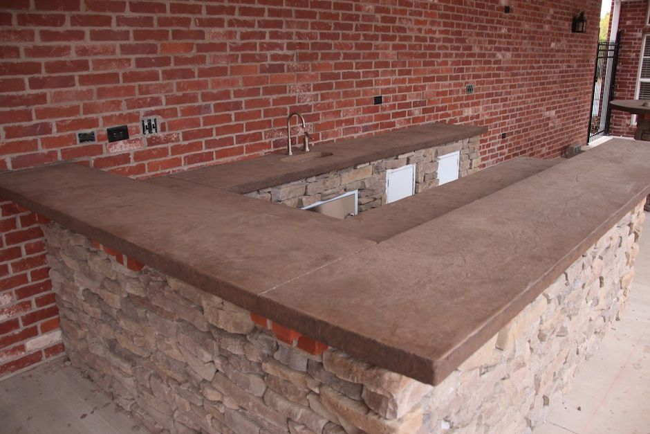 Poured concrete tabletop to match dominant color in the for Polished concrete kitchen countertops