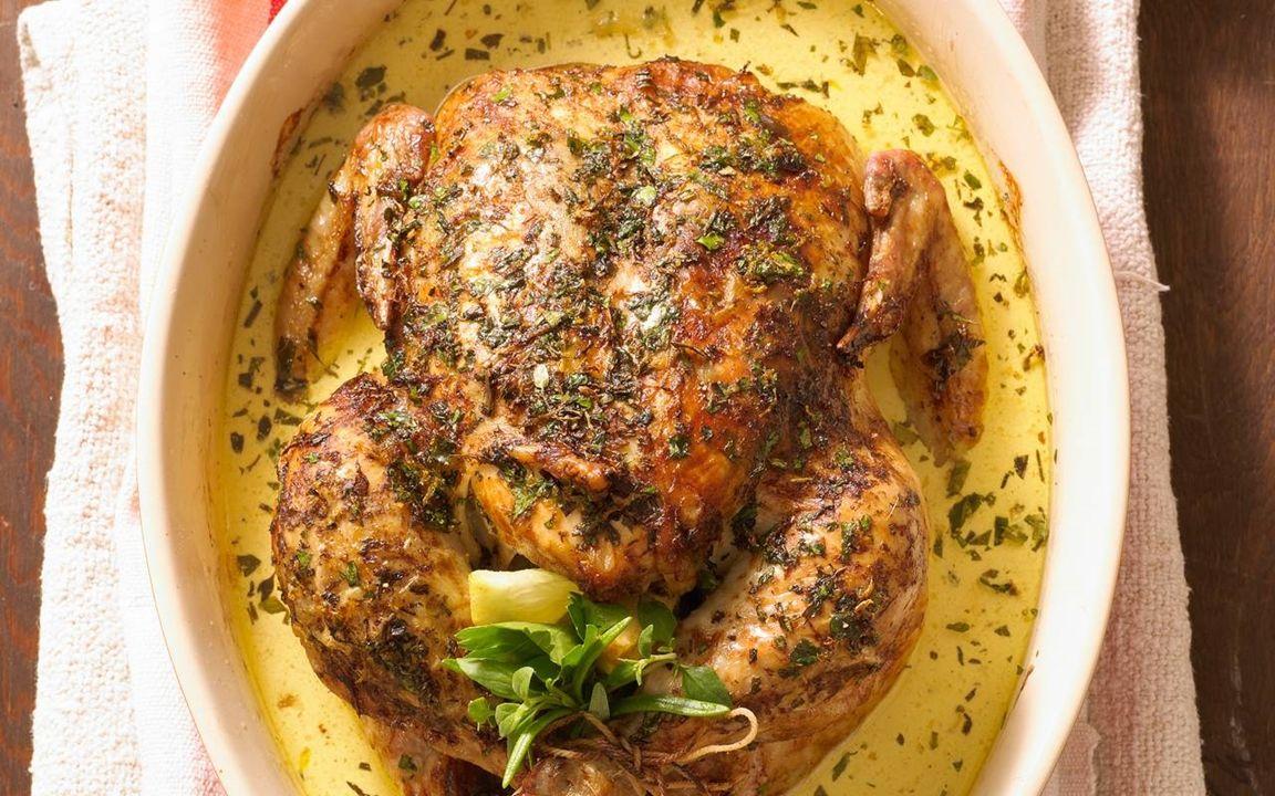 Helstekt kyckling med örter | Recept | Kycklingrecept