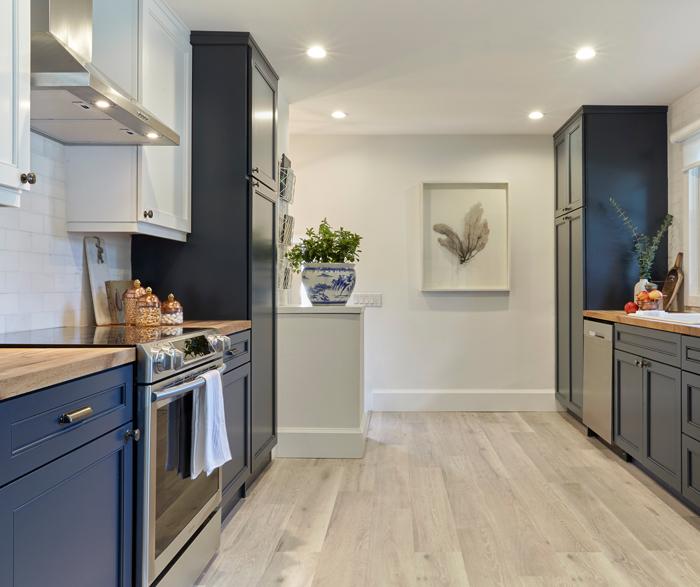 Thomasville Buxton Maple Blue Slate And White Slate Kitchen