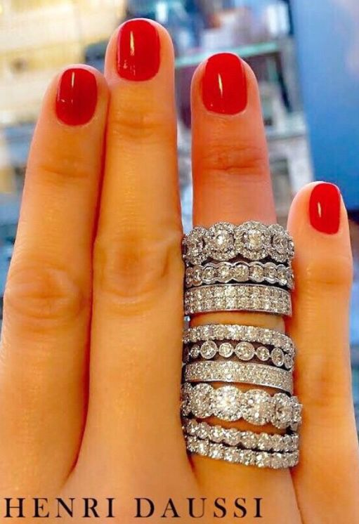 Emily Maynard has one on the top Beautiful wedding bands Jewelry