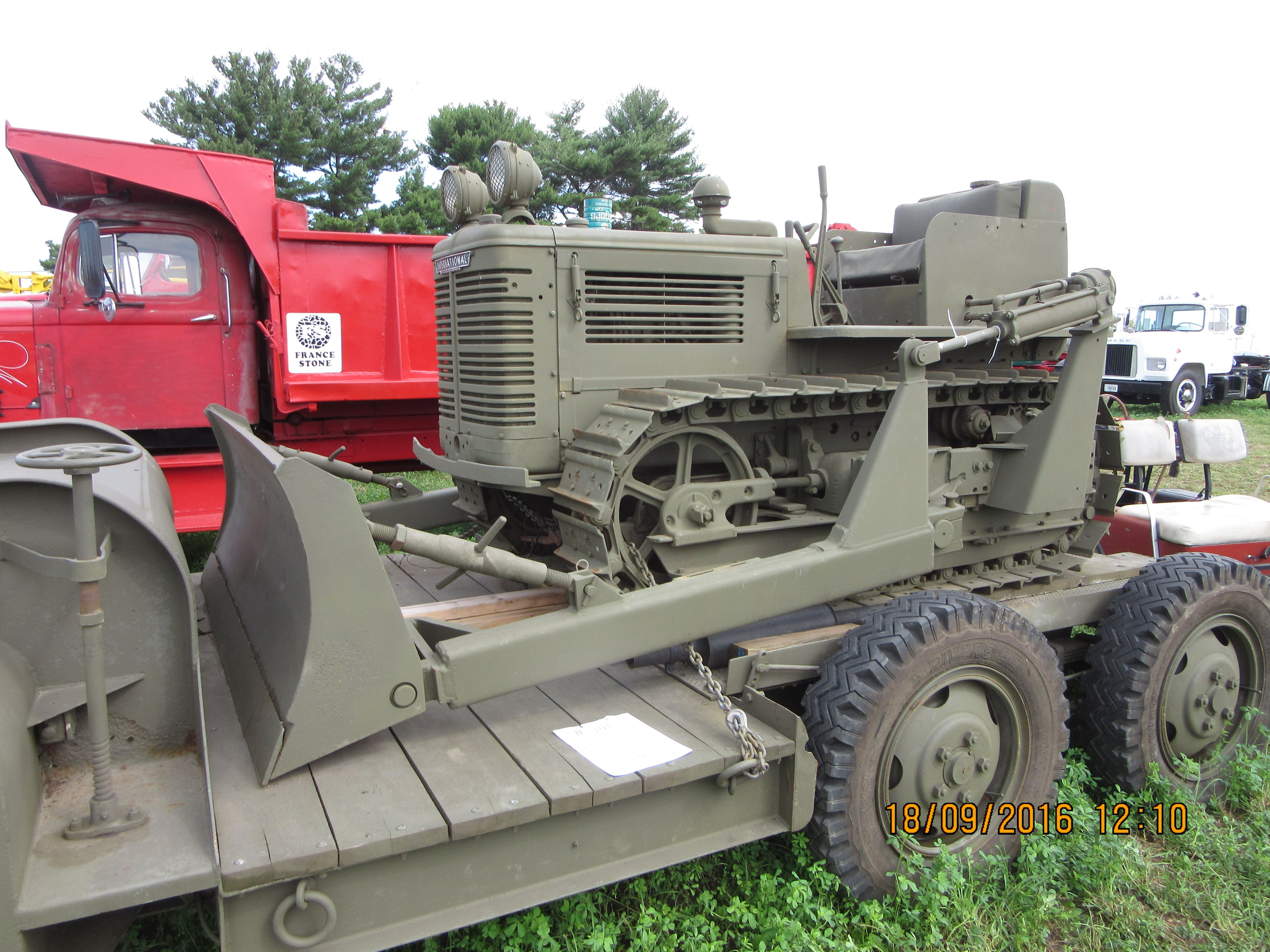 1946 International TD6 | IH Equipment-My pictures | Monster trucks