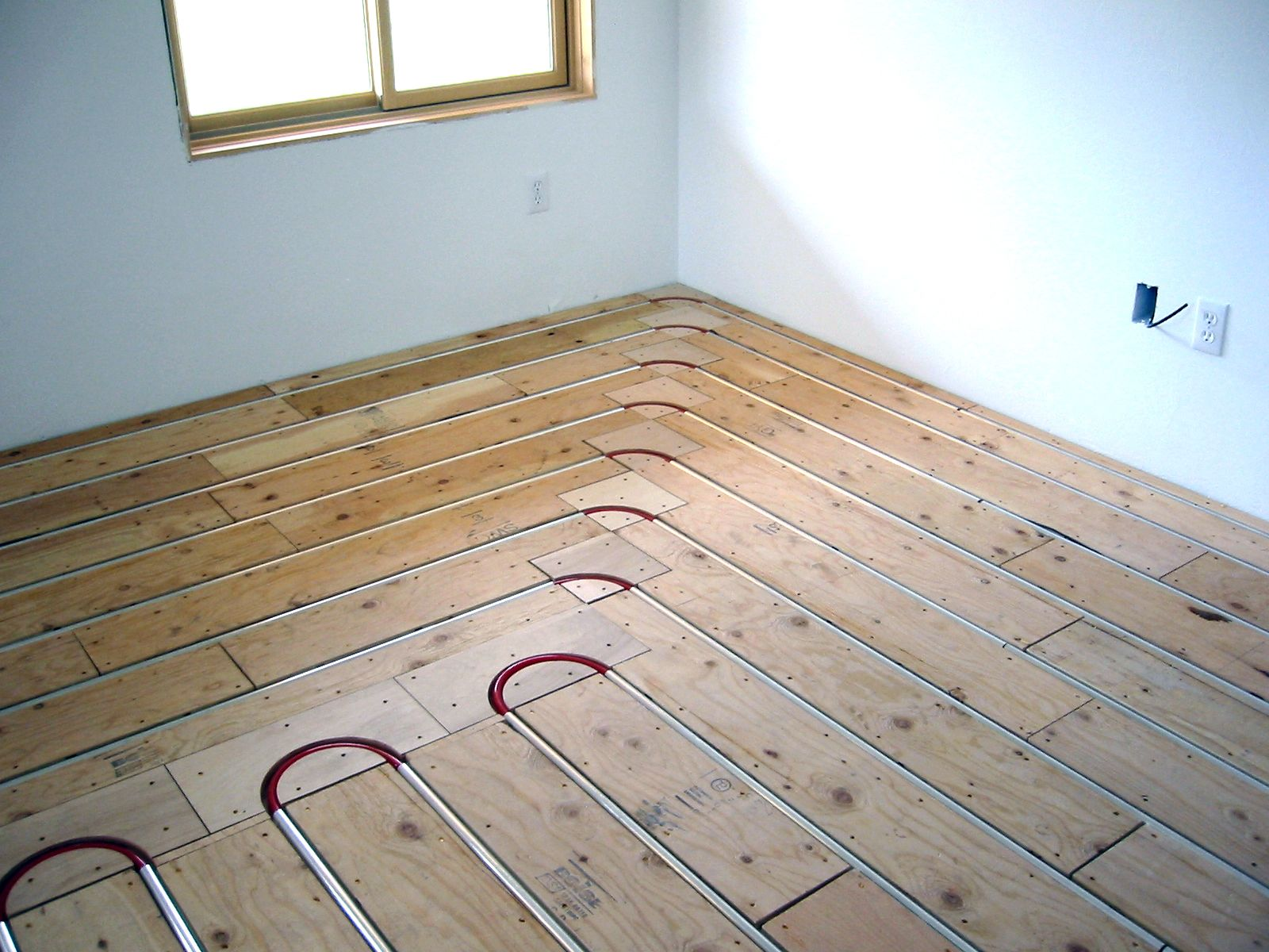 Best flooring for radiant heat - Thermofin U Radiant Heated Floor New Construction Radiant Engineering Free Samples Of Thermofin At