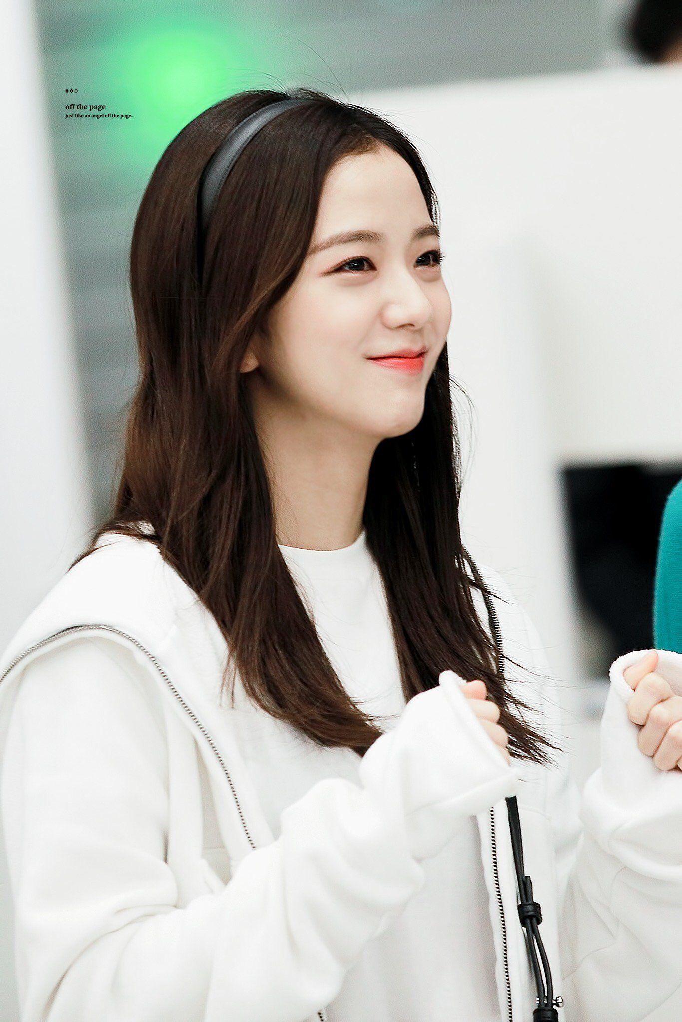 Jisoo Pics On Twitter Blackpink Jisoo Blackpink Kpop Girl Groups