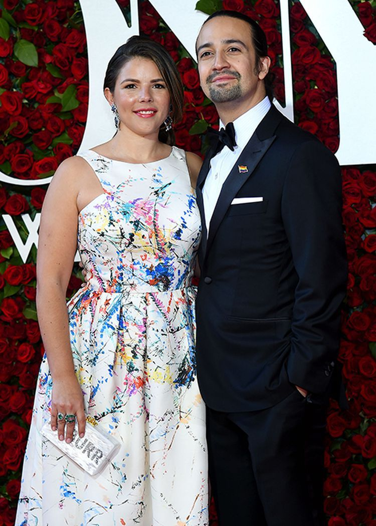 Lin Manuel Miranda S Wedding Video Reveals The Epic Surprise He Gave To His Wife On Their Big Day In 2020 Lin Manuel Miranda Lin Manuel Miranda Wedding Lin Manuel
