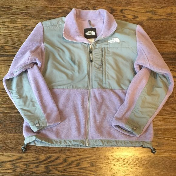 The North Face Denali Jacket -Women's Medium Great condition overall- some slight pilling throughout. Women's size medium The North Face Jackets & Coats