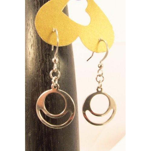 regard détaillé achat authentique original de premier ordre Boucles d'oreilles modernes offrant de jolies anneaux ...