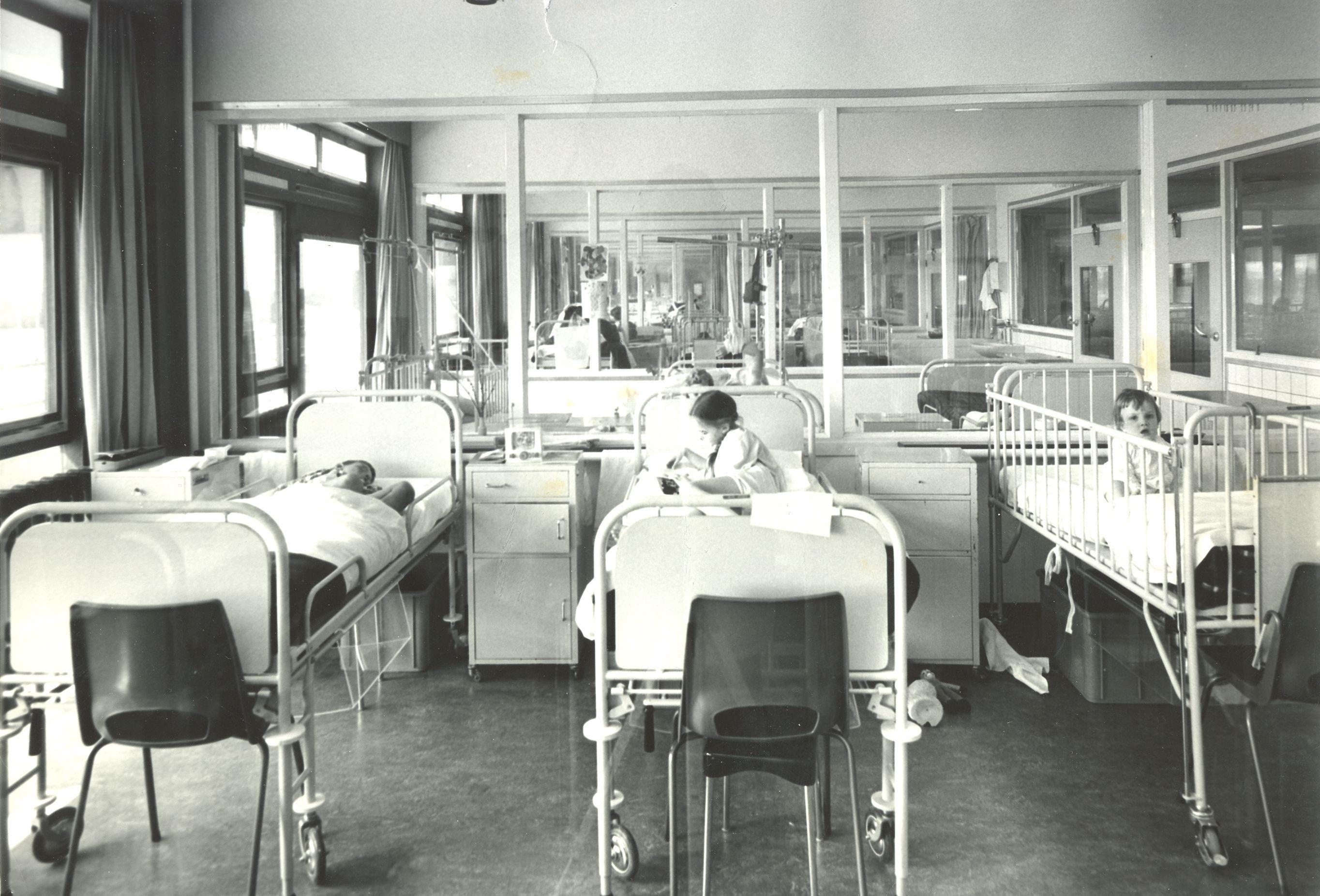 Diaconessenhuis Eindhoven Kinderafdeling Ziekenhuis Healthcare Hospital 1967 Nostalgia Eindhoven Nurse