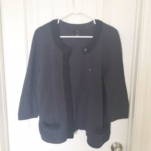 Ann Taylor knit sweater Beautiful knit sweater. Great Condition. Ann Taylor Sweaters Cardigans